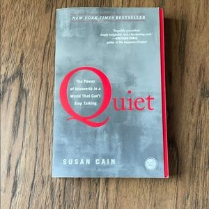 Quiet by Susan Cain Bestseller Paperback Book